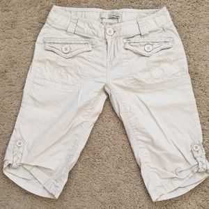 Refuge Bermuda shorts
